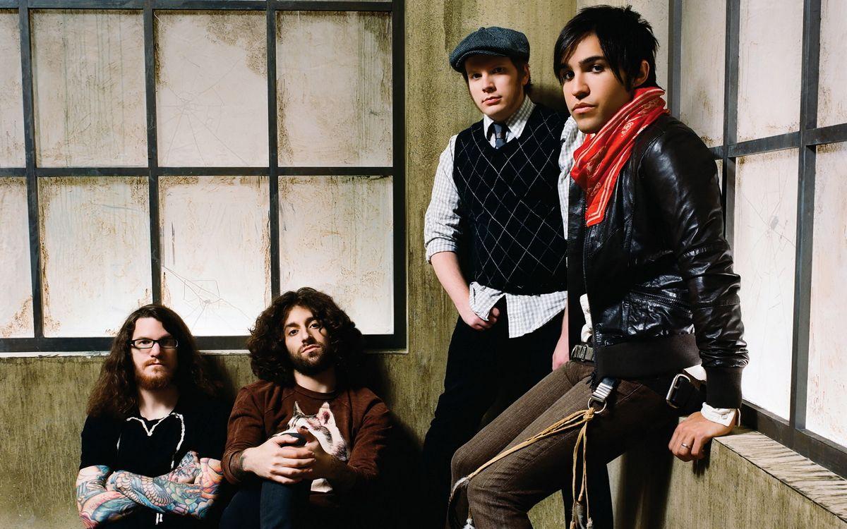 Картинка рок, музыка, fall out boy, joseph mark trohman, patrick stump на рабочий стол. Скачать фото обои разное