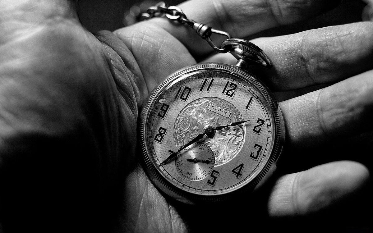 Фото бесплатно часы, карманные, циферблат, стрелки, цепочка, рука, ладонь, стиль, стиль