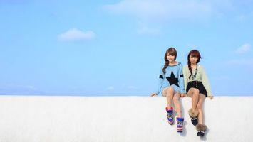 Обои девочки, японки, косички, подружки, небо, облака, девушки