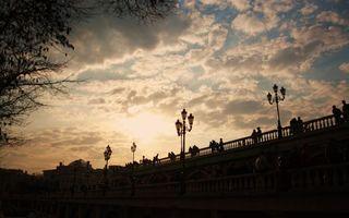 Фото бесплатно фонари, небо, облака