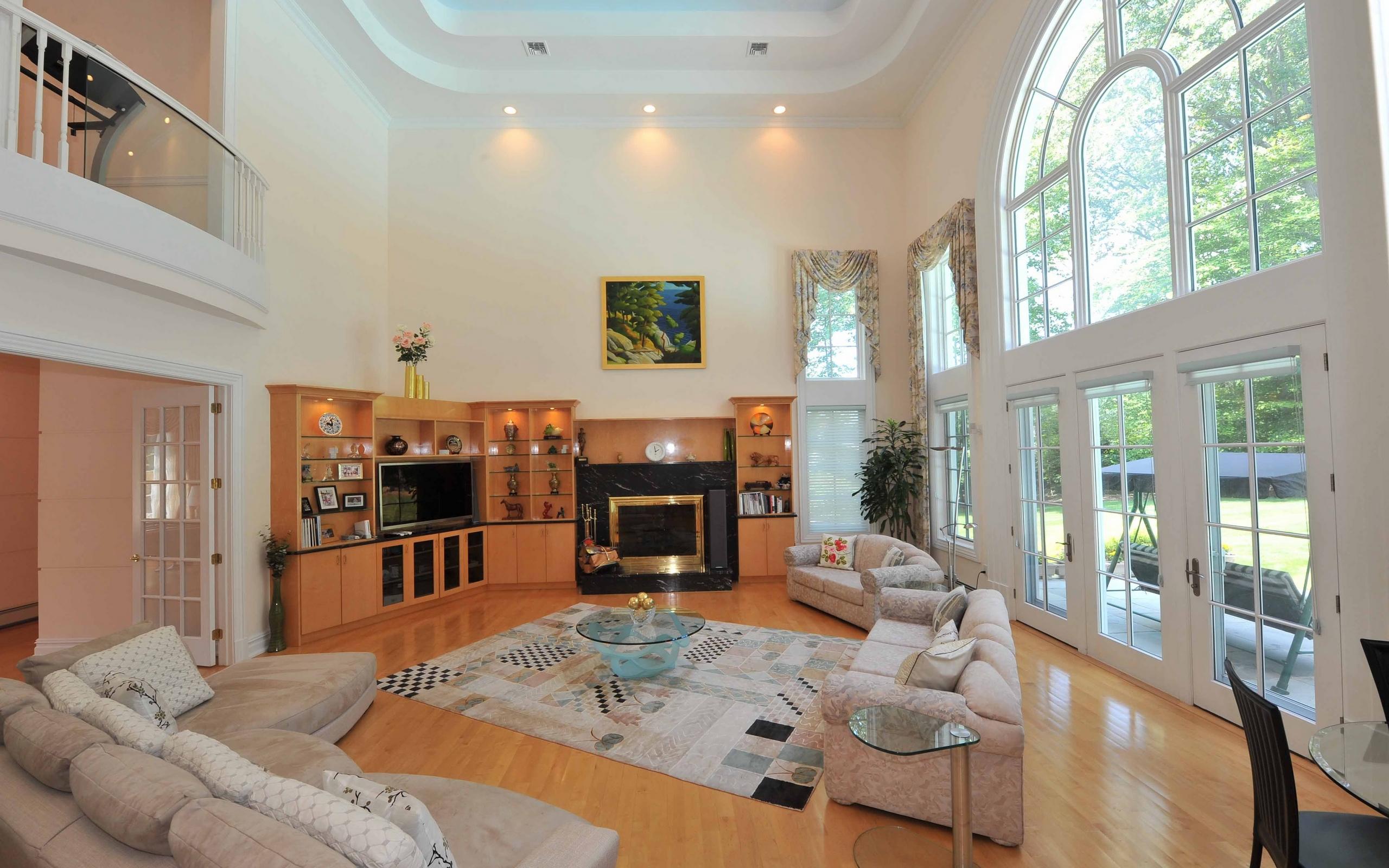 Большие гостиные в доме дизайн