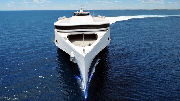 Фото бесплатно яхта, огромная, капитанская
