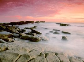 Photo free shore, stones, haze