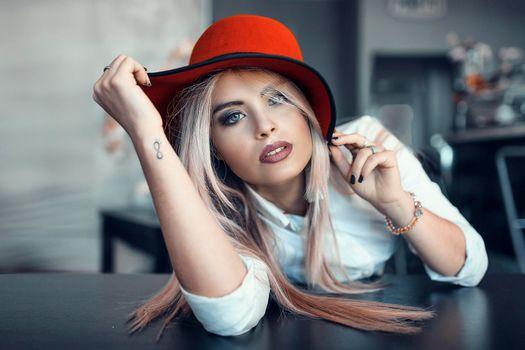 Photo free girl, beautiful make-up, face
