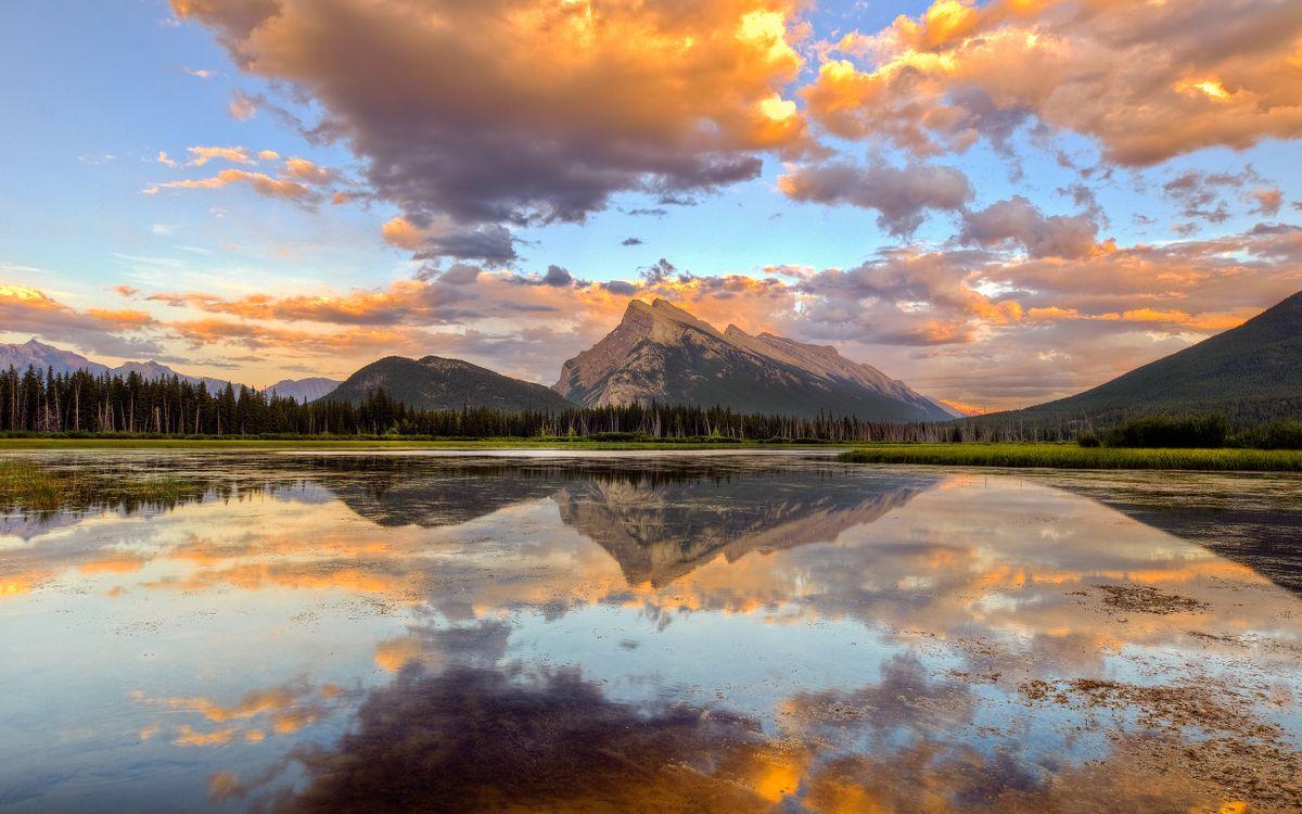 Фото бесплатно озеро, горы, лес, небо, облака, вечер, пейзажи, пейзажи