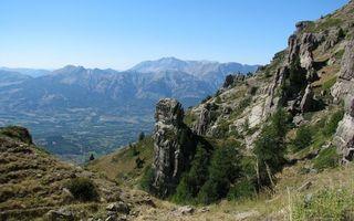 Заставки горы, скалы, камни, высота, трава, деревья, природа