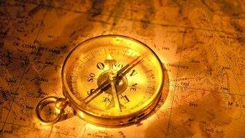Photo free compass, map, gold
