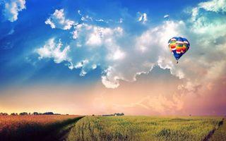 Фото бесплатно поле, тучи, воздушный шар