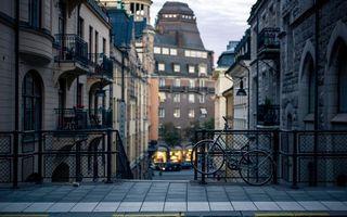 Бесплатные фото улица,дома,здания,лестница,перила,велосипед