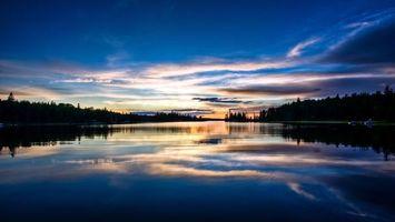Заставки закат, река, речка, небо, облака, солнце, горизонт, катера, мостики, деревья, пейзажи