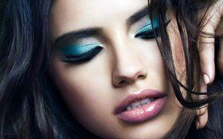 Бесплатные фото девушка,лицо,макияж,грим,стиль,шатенка,длинные