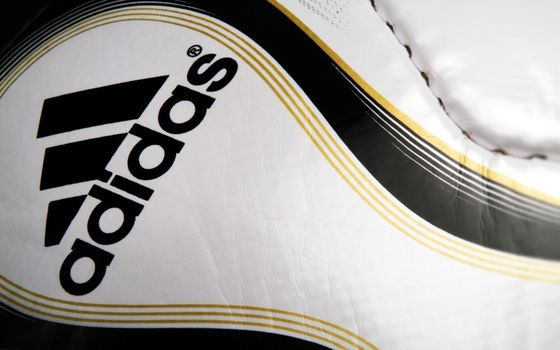 Photo free ball, adidas, company