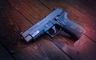 Photo free pistol, black, shutter