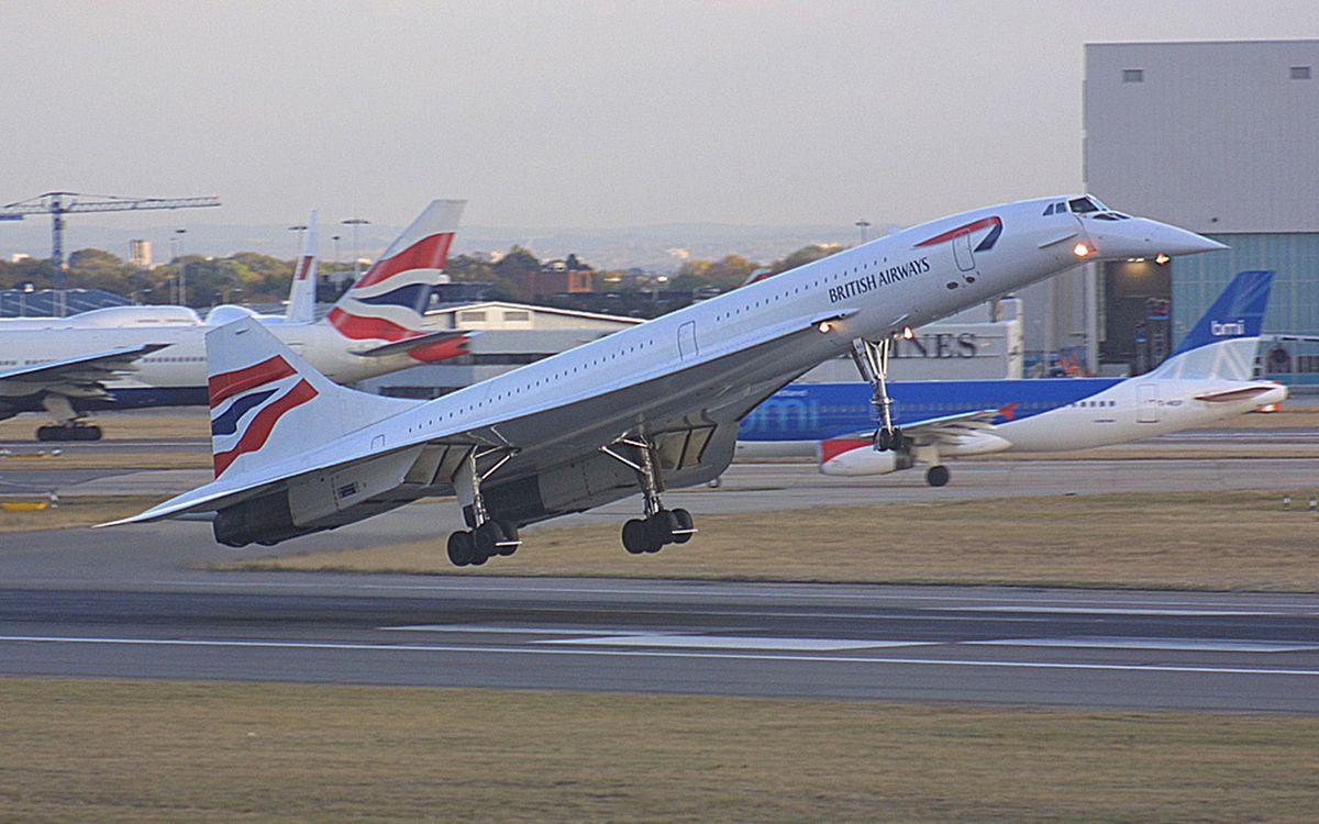 Обои самолет, полет, british airways, полоса, газон, авиация на телефон | картинки авиация