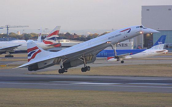 Бесплатные фото самолет,полет,british airways,полоса,газон,авиация