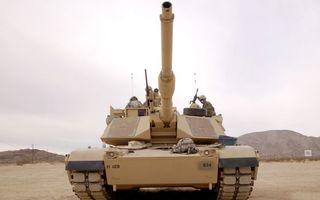 Бесплатные фото танк,солдаты,экипаж,гусеницы,пулемет,дуло,оружие