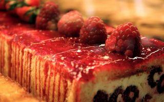 Бесплатные фото торт,рулет,сладость,десерт,крем,малина,ягоды