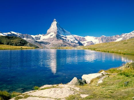 Бесплатные фото вода,чистая,горы,пик,камни,зелень,природа