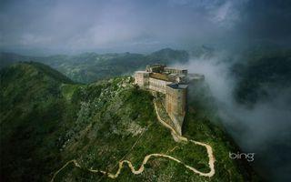 Фото бесплатно замок, цитадель, ла-ферьер, сооружение, строение, камень, кирпич, скалы, трава, дорога, тропинка, природа, пейзажи