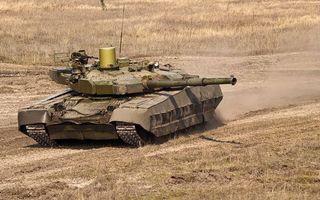Фото бесплатно поле, танк, башня