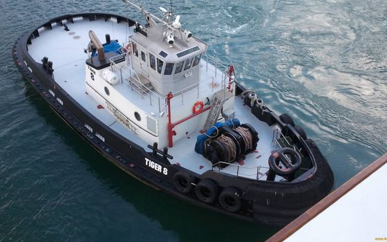 Photo free tug, deck, superstructure