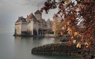 Бесплатные фото озеро,замок,крепость,башни,берег,камни,деревья