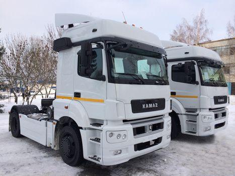 Бесплатные фото КАМАЗ- 5490,автомобили,тягачи