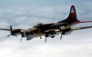 Фото бесплатно самолет, бомбардировщик, пулеметы