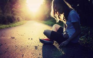 Фото бесплатно девушка, подросток, асфальт