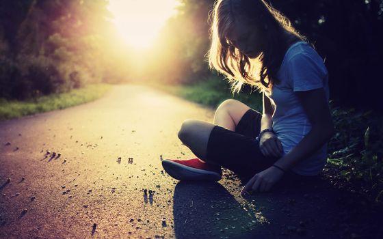 Photo free girl, teenager, asphalt
