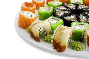 Заставки суши,рыба,лосось,икра,тарелка,васаби,сыр