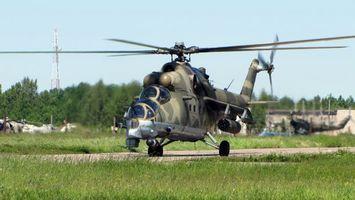 Фото бесплатно вертолет, поле, небо