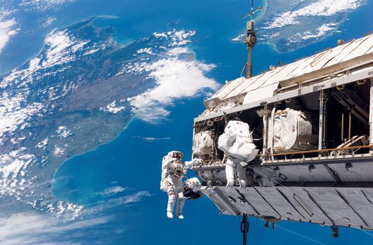 Photo free space, astronauts, earth