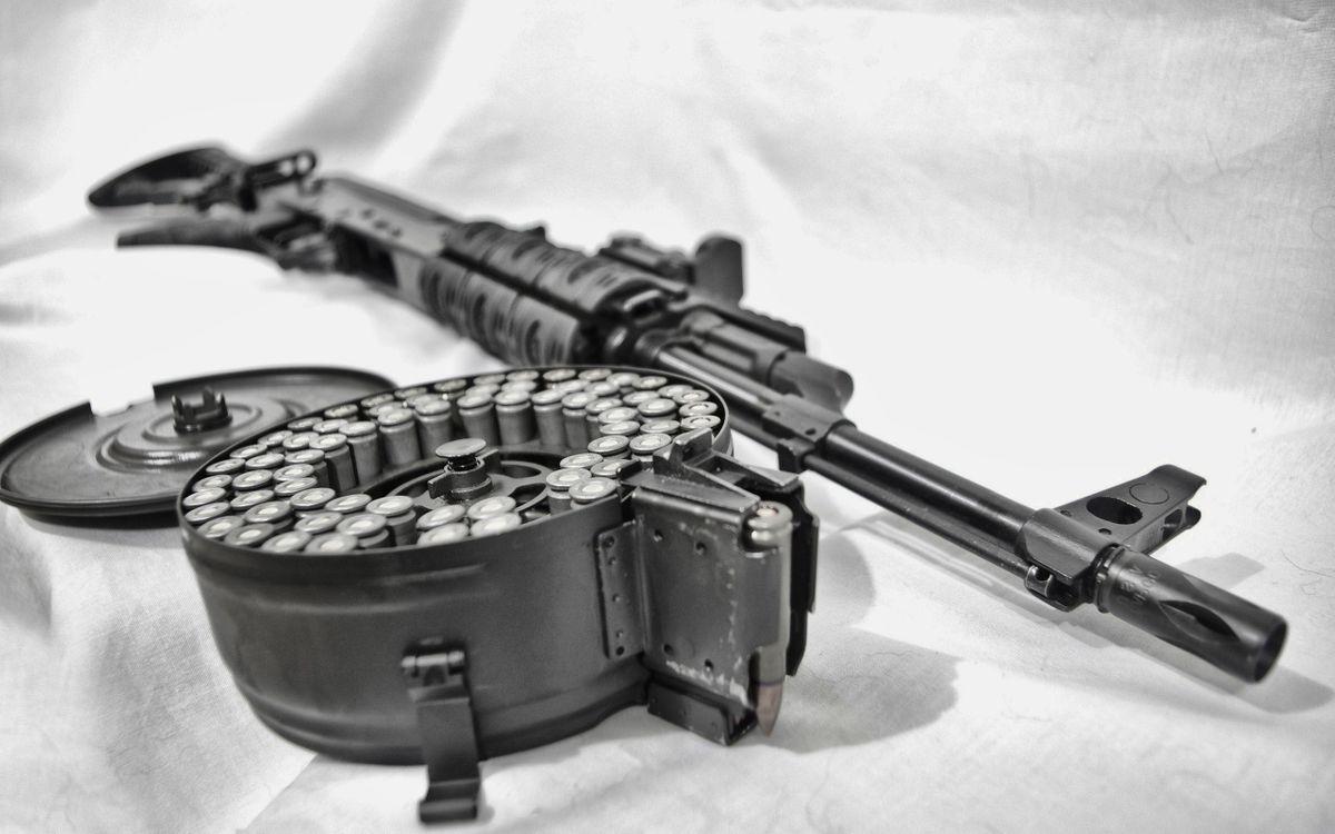 Фото бесплатно автомат, патроны, ствол, прицел, курок, кассета, оружие, оружие