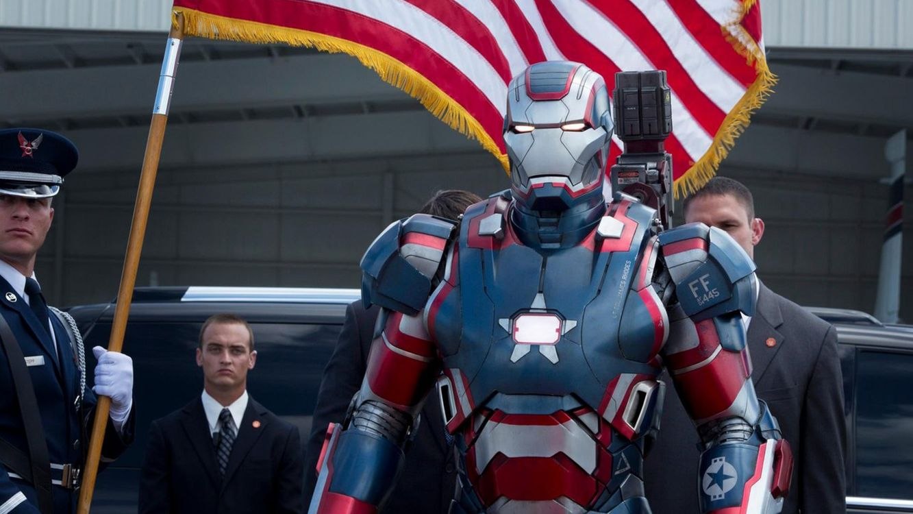 Фото бесплатно железный, человек, робот, костюм, флаг, сша, фильмы, фильмы