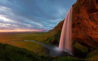 Фото бесплатно река, водопад, камни, трава, небо, облака, природа