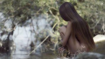 Бесплатные фото волосы, длинные, темные, ноги, руки, вода, древья