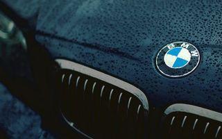 Бесплатные фото бмв,значок,решетка,капот,капли,дождь,машины
