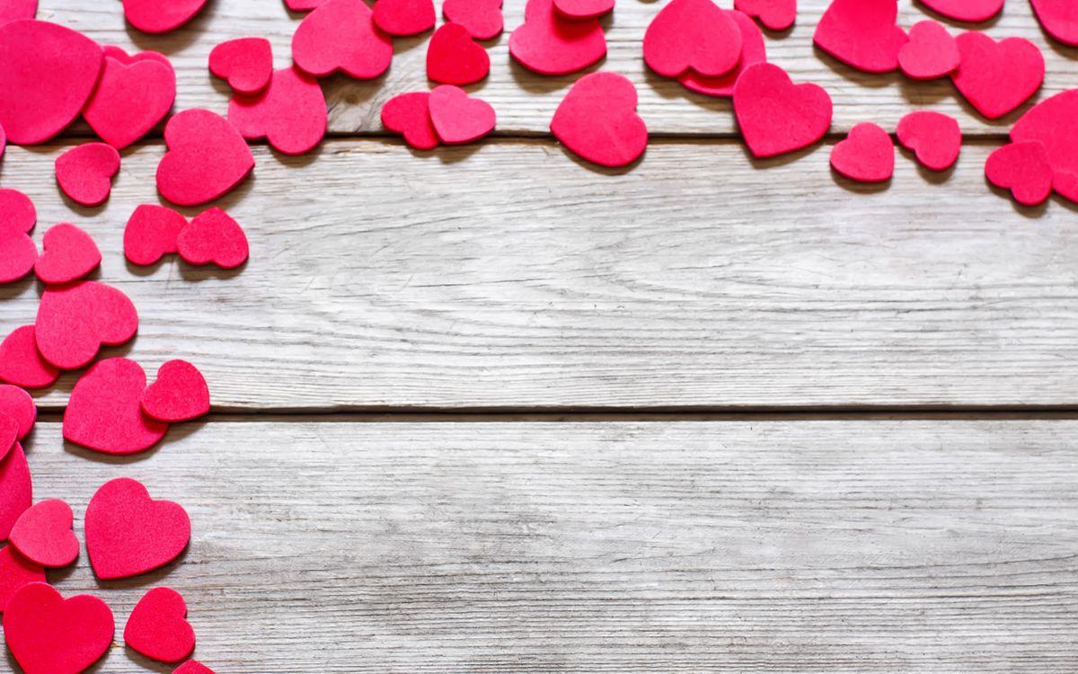 Обои дерево, доски, сердечки, красные, размер, разный, разное на телефон | картинки разное