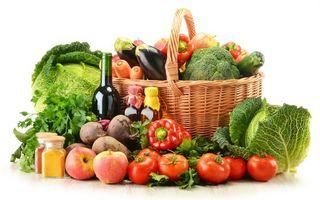 Бесплатные фото корзина,овощи,помидоры,перец,баклажаны,бутылки,капуста