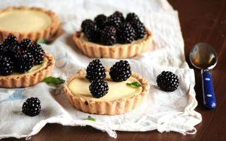 Бесплатные фото ягоды,ежевика,стол,десерт,сладость,ложка,салфетка