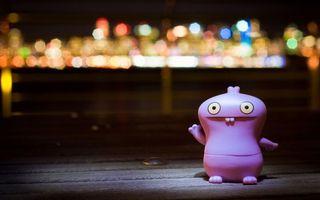 Бесплатные фото зверек,игрушка,свет,блики,огни,зубы,глаза