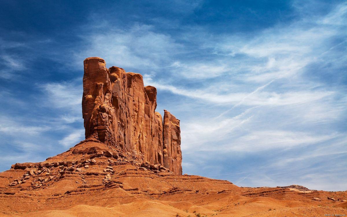 Обои скала, пустиня, небо картинки на телефон