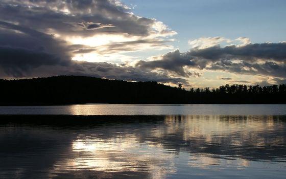 Фото бесплатно озеро, вечер, холм
