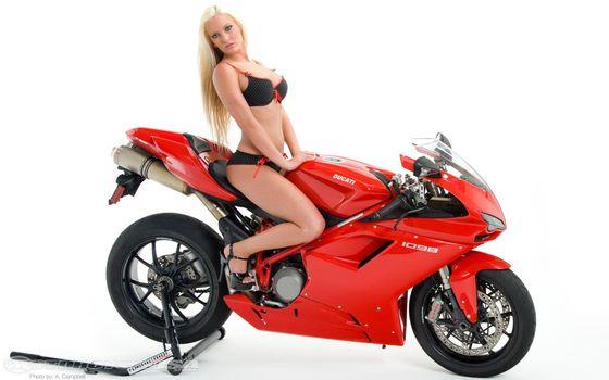 Бесплатные фото блондинка,мотоцикл,спортивный,быстрый красный,волосы,девушки