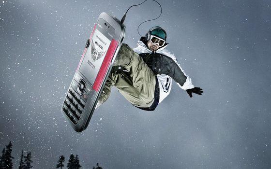 Бесплатные фото сноубордист,телефон,наушники,очки,шлем,снег,разное