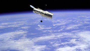 Фото бесплатно телескоп, хаббл, зеркальная, оболочка, отражатель, вид, спутник, планета, земля, космос