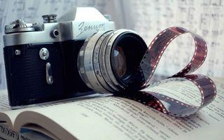Бесплатные фото фото,объектив,пленка,книга,буквы,резкость,контраст