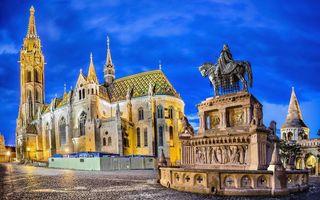 Бесплатные фото храм, памятник, всадник, брусчатка, камень, небо, стиль