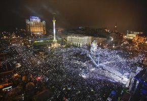 Обои киев, майдан, митинг, площадь, требования, люди, граждане, революция, евромайдан, украина, ночь, ситуации